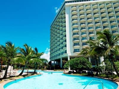 ラグナガーデンホテルのプール